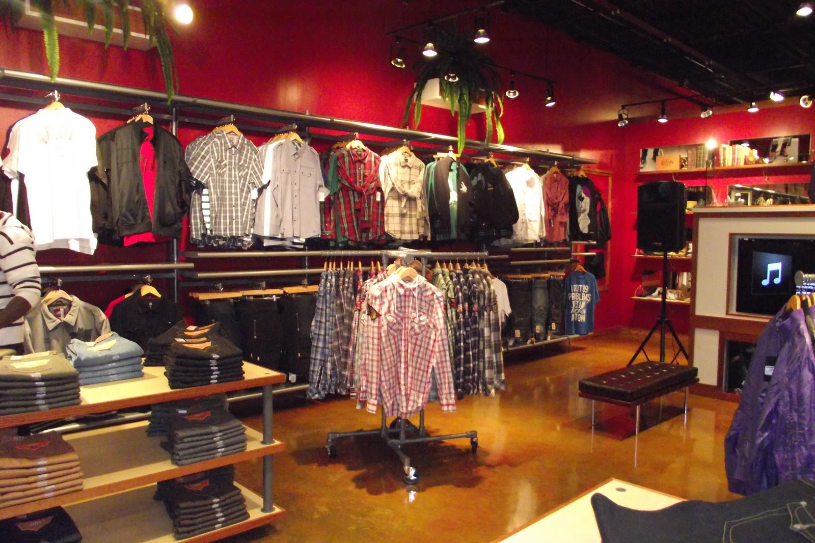 How to Start a Men's Clothing Store