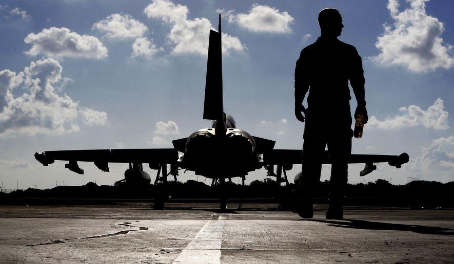 UK: British warplanes bomb IS to support Iraqi push on Mosul