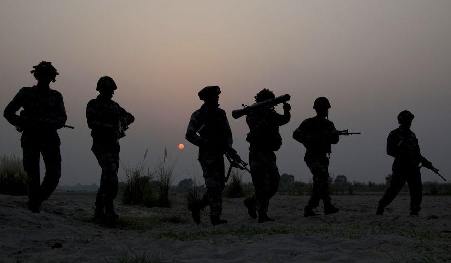 Pakistan boosts military ties to Russia amid Kashmir tensions